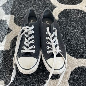 Black & White Converse w/ Glitter - SIZE 8/39